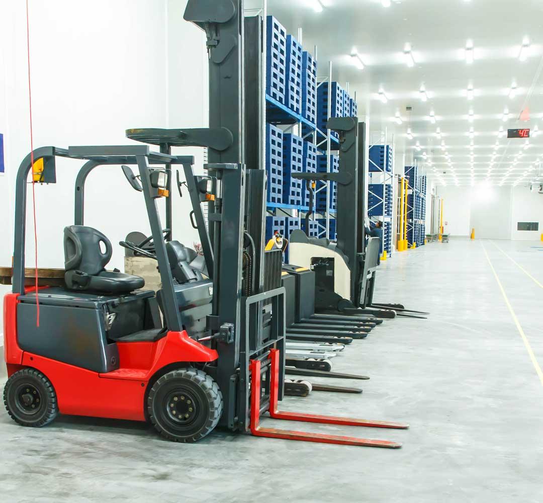 Distribution-center-location-advisory-solutions-1080x1000
